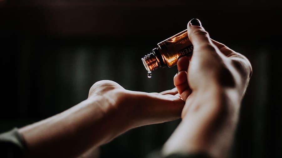 huile essentielle lutte grippe
